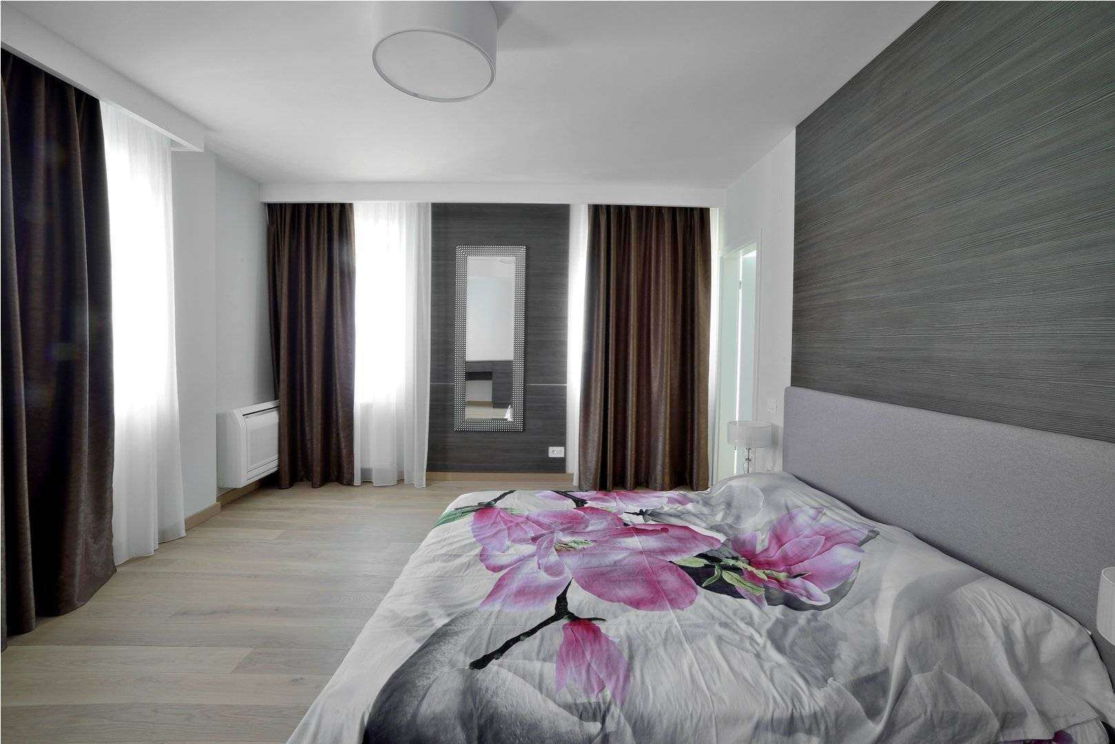 <a href=&quot;placarile de pereti decorative sunt un element de design interesant&quot;>placare perete dormitor matrimonial <img src='http://www.unican.ro/wp-content/themes/vita/img/dreapta.png' class='pull-right hidden-xs' style='margin-right:-10px;margin-top:-10px; max-height:41px'></a>